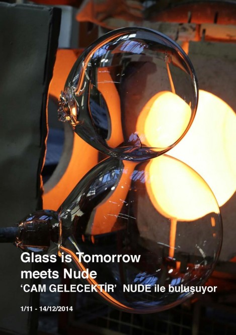 GLASS IS TOMORROW MEETS NUDE EXHIBITION
